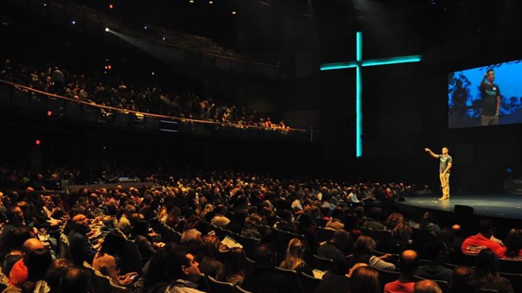 La iglesia de Indiana elimina $ 7.8 millones en deudas médicas para casi 6,000 familias