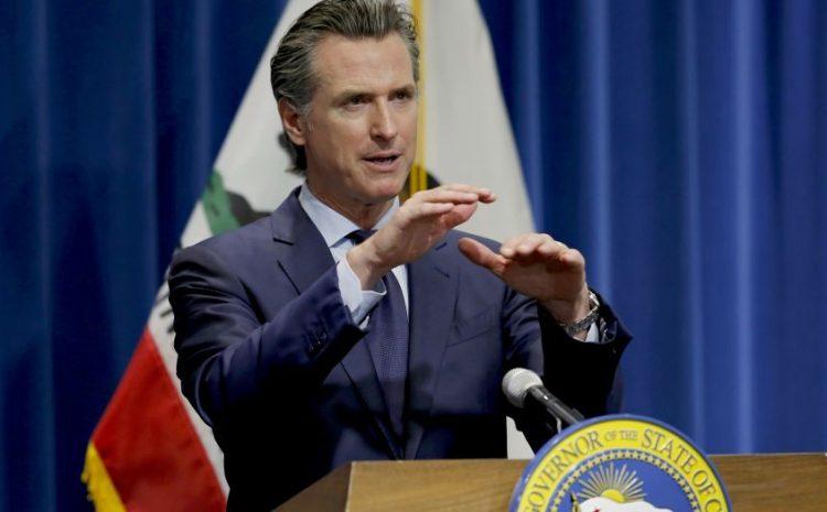Red de iglesias de California demanda al gobernador Newsom por prohibición de adoración y estudios bíblicos en el hogar