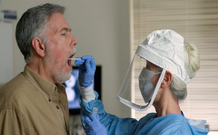 Aprueban en EE.UU. nuevo test para detectar Covid-19 de manera rápida a través de la saliva