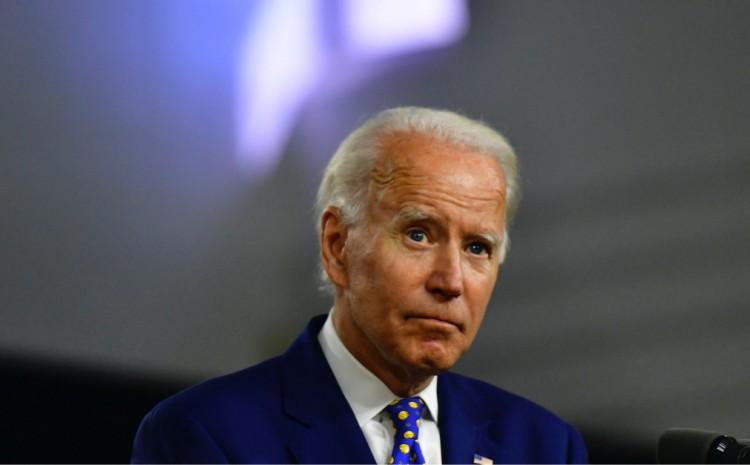 Importante grupo LGBT insta a Biden a eliminar la acreditación de escuelas y universidades cristianas
