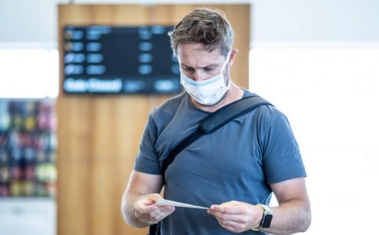 """Efectos de la pandemia  El dilema del """"pasaporte COVID"""": ¿una solución o una instancia de discriminación?"""