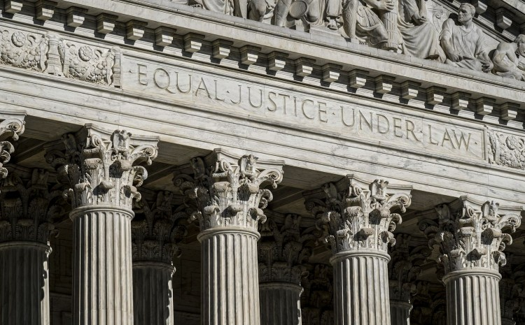 Gobierno de Biden pide a la Corte Suprema que bloquee la ley antiaborto de Texas